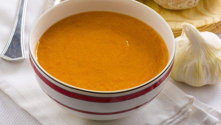 El mojo picón es una de las salsas más populares de Canarias