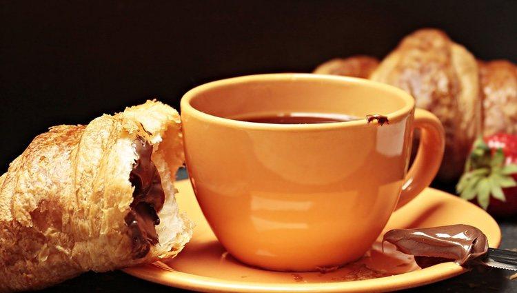 Los croissants de chocolate son la opción ideal para desayunar y pegarse un capricho