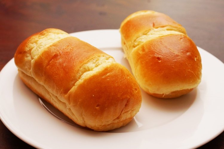El pan de leche es de origen francés y lo más característico es su tostada corteza