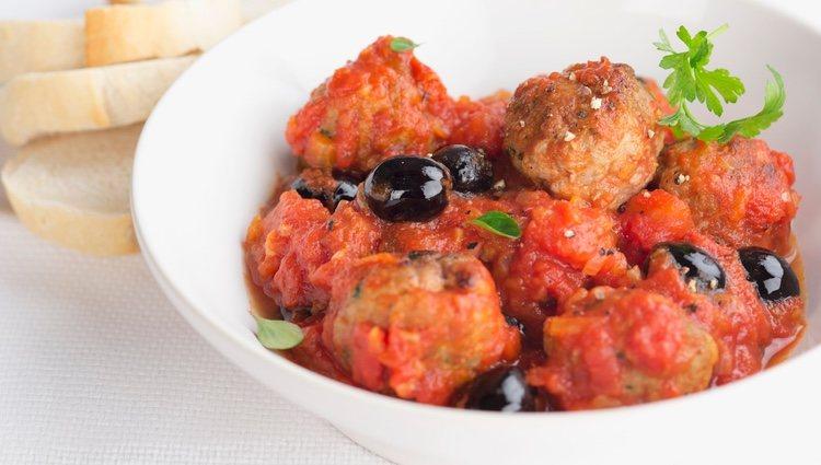 La salsa de tomate le da un sabor muy especial