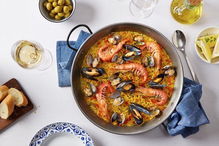 Este plato es ideal para acompañarlo con un vino blanco