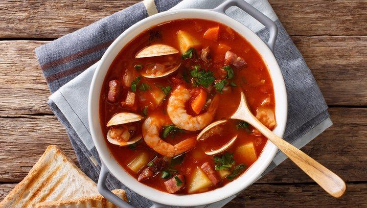 En estaciones frías este arroz caldoso de marisco te sentará genial