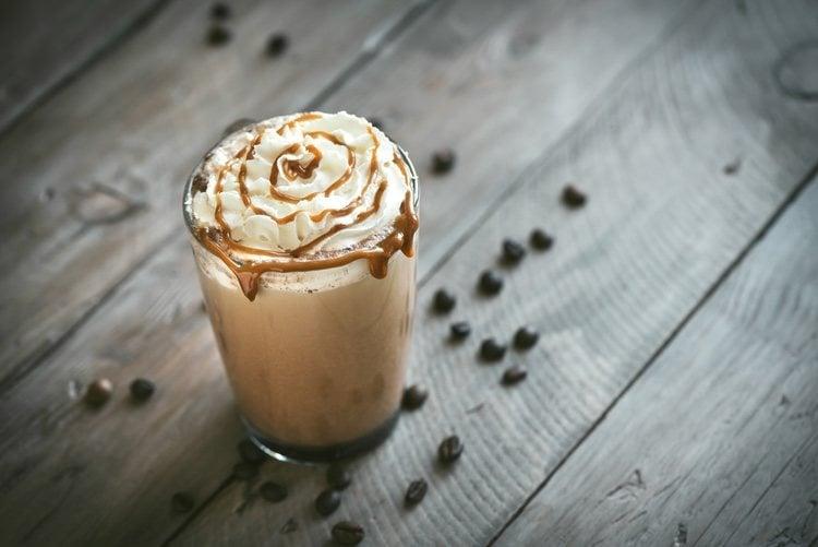 El café frappé es uno de esos cafés que sorprende al paladar