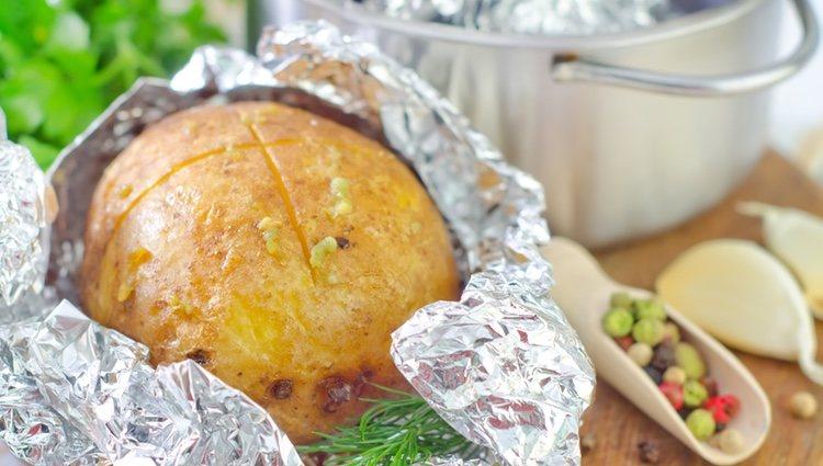 Las patatas en papel de aluminio son una opción muy saludable