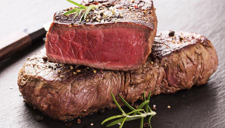Lo óptimo es dejar la carne jugosa por dentro y tostada por fuera