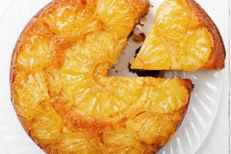 Una vez hecha, la tarta debe reposar 6 horas en la nevera