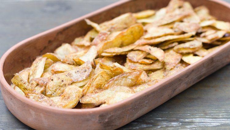 De la patata puede aprovecharse todo y su piel es riquísima