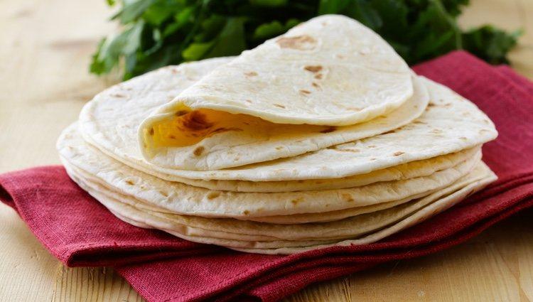 Puedes calentar las tortillas de trigo en la sartén