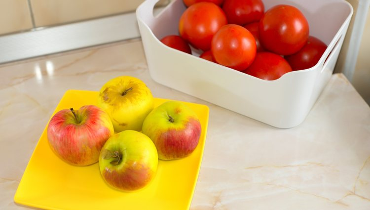 Hay muchas formas de preparar salmorejo que incluyen frutas como la manzana