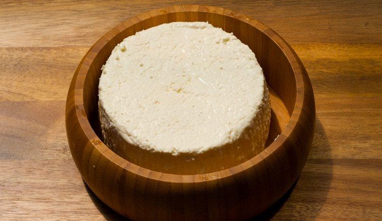 El requesón es el ingrediente principal en esta receta gallega