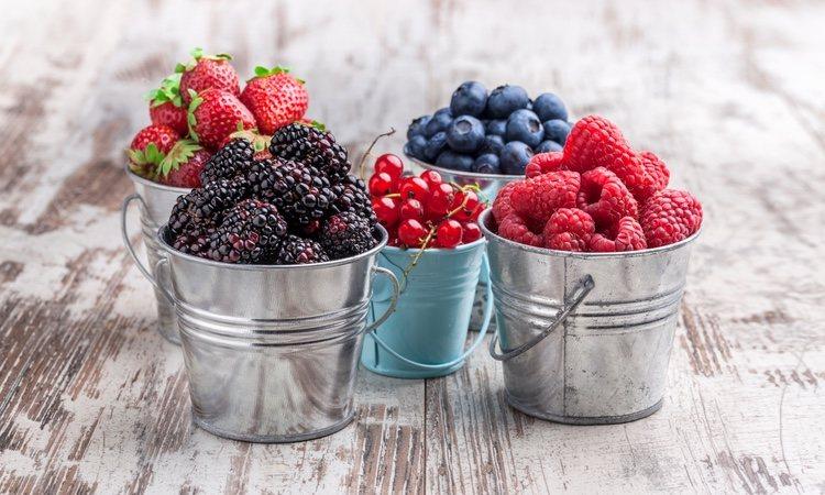 Los frutos rojos son de los que menos calorías tienen