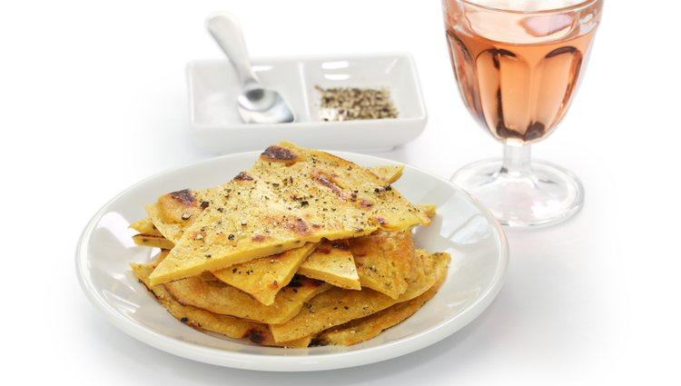 Este plato típico italiano se puede acompañar con un trozo de pizza