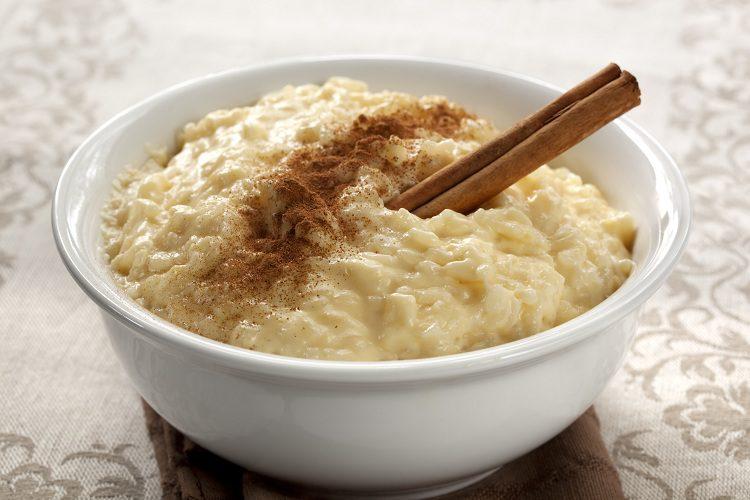 El arroz con leche es uno de los postres más tradicionales que existe dentro de la repostería