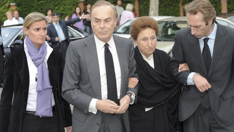 La Infanta Margarita y su familia en la misa en memoria de Fernando Moreno