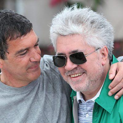 Antonio Banderas y Pedro Almodóvar en Cannes