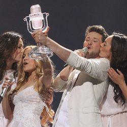 Eldar Gasimov y Nigar Jamal ganan Eurovisión  2011