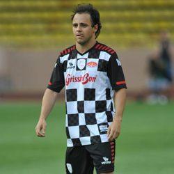Felipe Massa en un partido benéfico por Haití