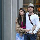Ian Somerhalder y Nina Dobrev en París