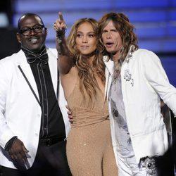 Randy Jackson, Jennifer Lopez y Steven Tyler en la final de 'American Idol'