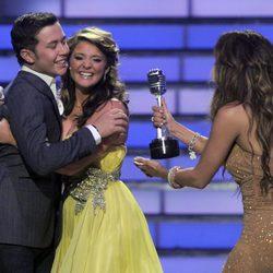 Jennifer Lopez y los finalistas de American Idol