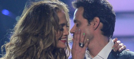 Jennifer Lopez y Marc Anthony, cariñosos en la final de 'American Idol'