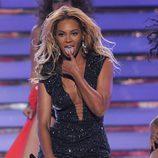 Beyoncé durante su actuación en la final de 'American Idol'