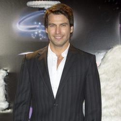 Rafael Amaya en los Premios FHM