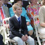 El pequeño Miguel Urdangarín durante su comunión