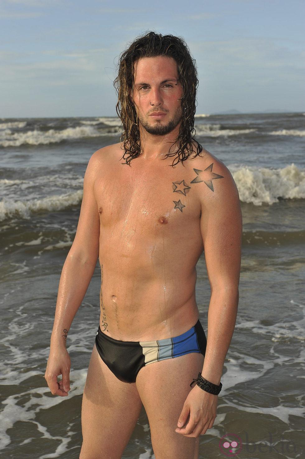Rosi en la playa de la tejita masturbandome para un miron - 3 part 7