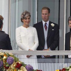 Los Duques de Cambridge en el palco del Derby de Epsom