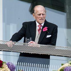 El Duque de Edimburgo en el Derby de Epsom