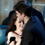 Robert Pattinson y Kristen Stewart en los MTV Movie Awards 2011