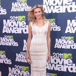 Katie Cassidy en la alfombra roja de los MTV Movie Awards 2011