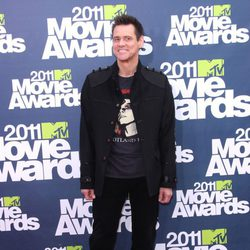 Jim Carrey en la alfombra roja de los MTV Movie Awards 2011