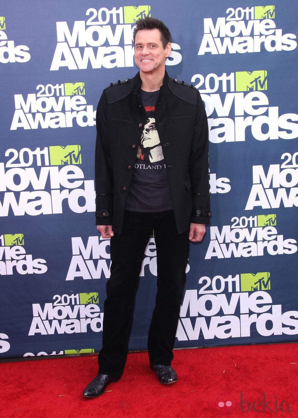 Jim Carrey en la alfombra roja de los MTV Movie Awards 2011
