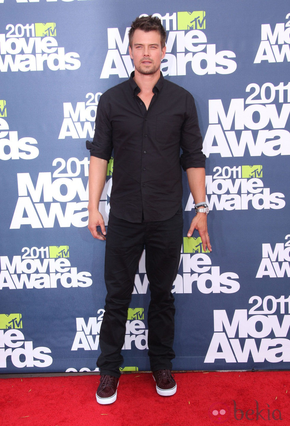 Josh Duhamel en la alfombra roja de los MTV Movie Awards 2011