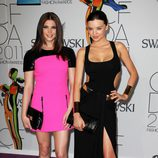 Ashley Green y Miranda Kerr en los Premios CFDA