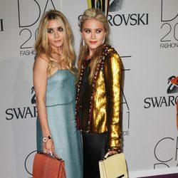 Mary Kate y Ashley Olsen en los Premios CFDA