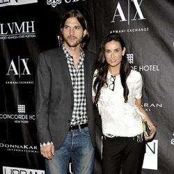 Demi Moore y Ashton Kutcher en los Stephan Weiss Apple Awards