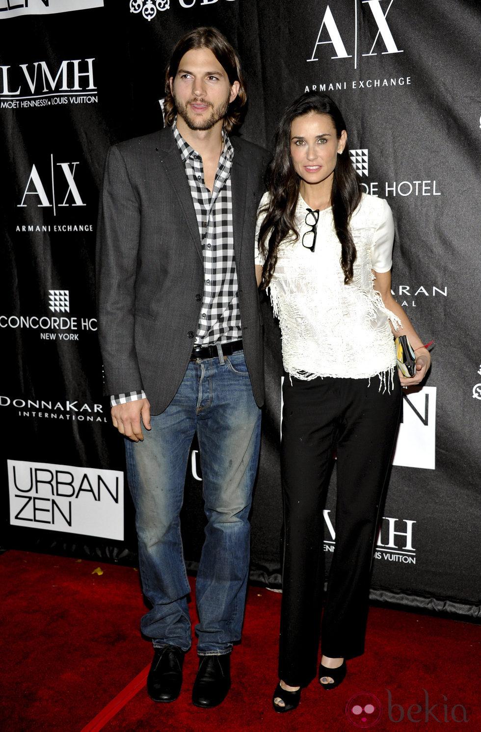 Demi Moore y Ashton Kutcher en los Stephan Weiss Apple Awards