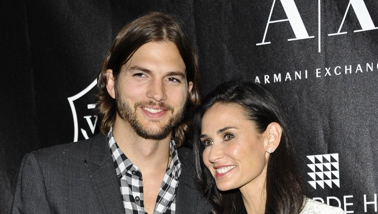 Ashton Kutcher y Demi Moore en los Premios Stephan Weiss Apple