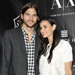 Ashton Kutcher y Demi Moore en los Premios Stephan Weiss Apple