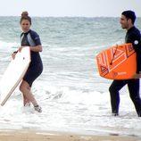 Miguel Ángel Silvestre y Blanca Suárez tras surfear