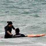 Miguel Ángel Silvestre y Blanca Suárez en el mar