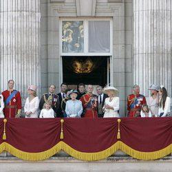 La Familia Real Británica en Buckingham Palace