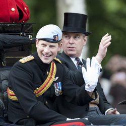 El Príncipe Harry y el Duque de York en 'Trooping the colour'