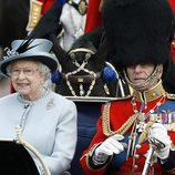 Isabel II y Felipe de Edimburgo en 'Trooping the colour'