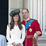 Los Duques de Cambridge en Buckingham Palace
