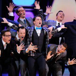 Daniel Radcliffe actuando en la gala de los Premios Tony 2011