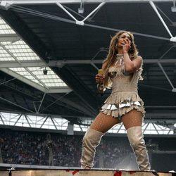 Jennifer Lopez en el Summertime Ball de Londres